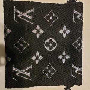 Louis Vuitton Logomania Shine Scarf (Black)